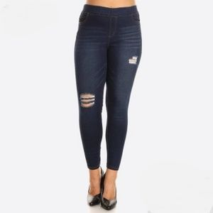 Pants - Classic Distressed Skinny Jeggings in PLUS SIZE